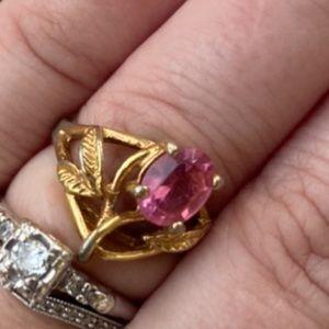 Lovely Vintage Tulip Ring